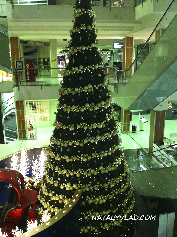2012-12 - Новогодняя елка в торговом комплексе, Мельбурн, Австралия