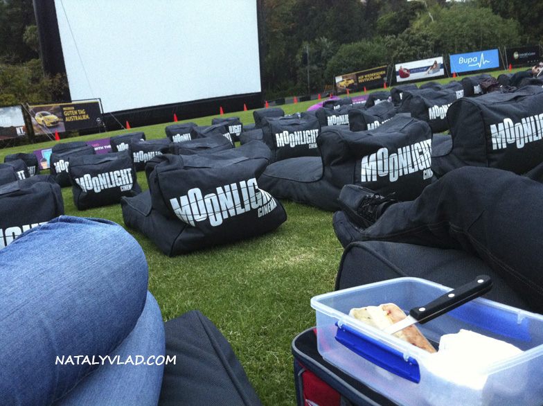 2012-12-06 - Opel Moonlight Cinema, Royal Botanic Gardens, Melbourne, Australia