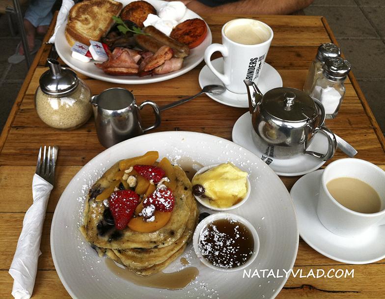 2012-12-16 - Завтрак в кафе в Брайтоне, Мельбурн, Австралия