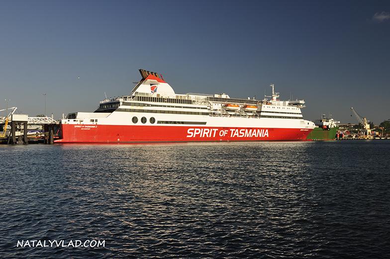 2013-01-05 - Паром Spirit of Tasmania в Девонпорте, Тасмания