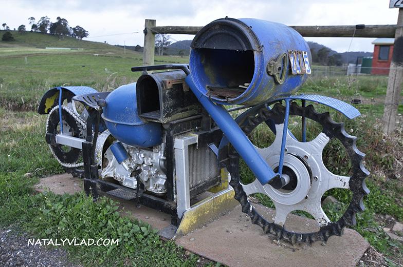 2012-12-26 - Почтовые ящики где-то по дороге на Тасмании