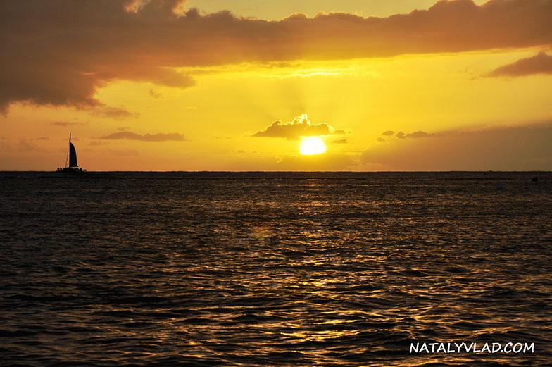 2013-02-05 - Waikiki Beach, Oahu, Hawaii