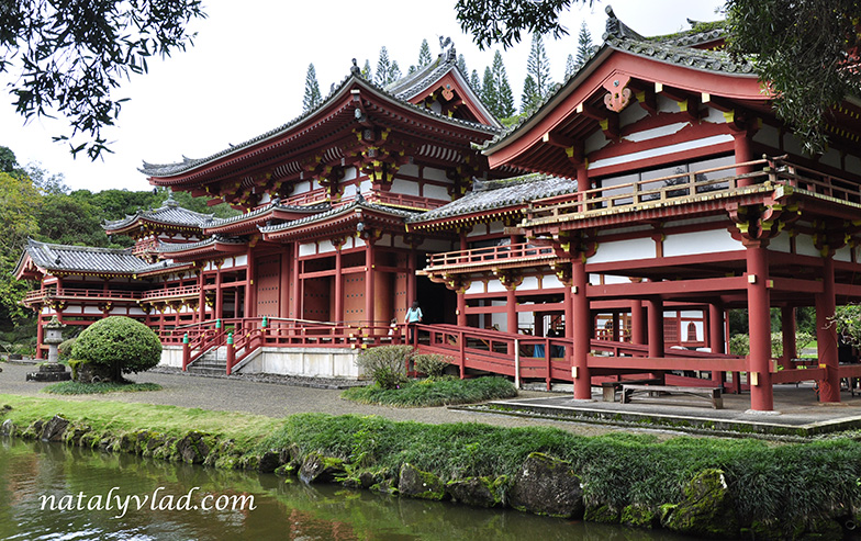 Byodo-In Temple, Valley of the Temples Memorial Park, Oahu, Hawaii
