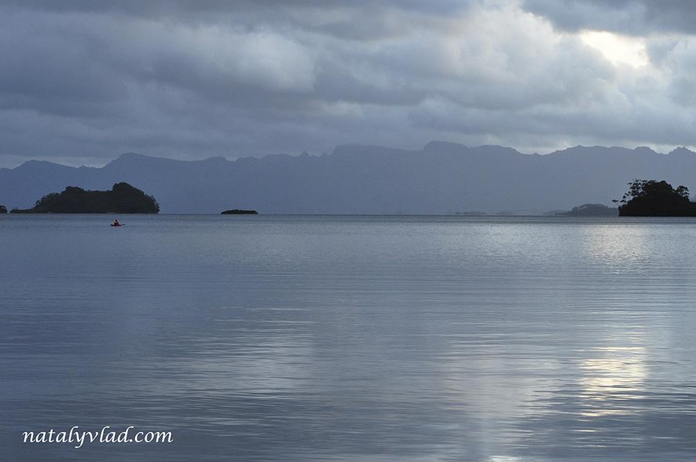 Тасмания Озеро Педдер Каякинг