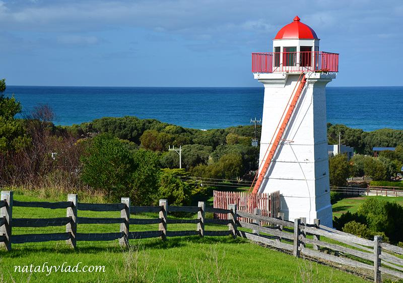 Маяк, Океан, Солнце, Забор, Зелень   Блог об Австралии