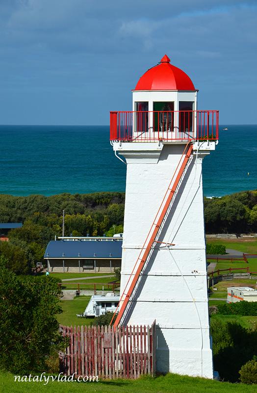 Маяк, Красная крыша, Океан, Солнце   Блог об Австралии