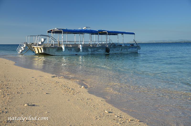 Отдых на островах Фиджи, Дневные туры, Море пляж лодка