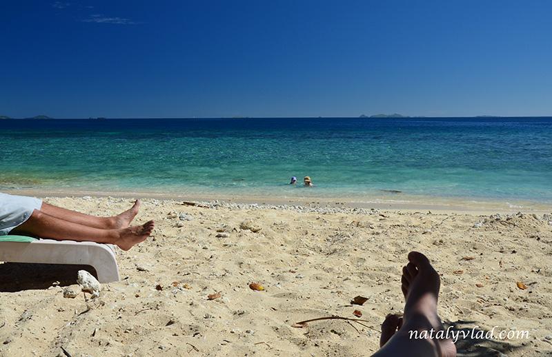 Фиджи отдых острова, Пляж море песок лежаки