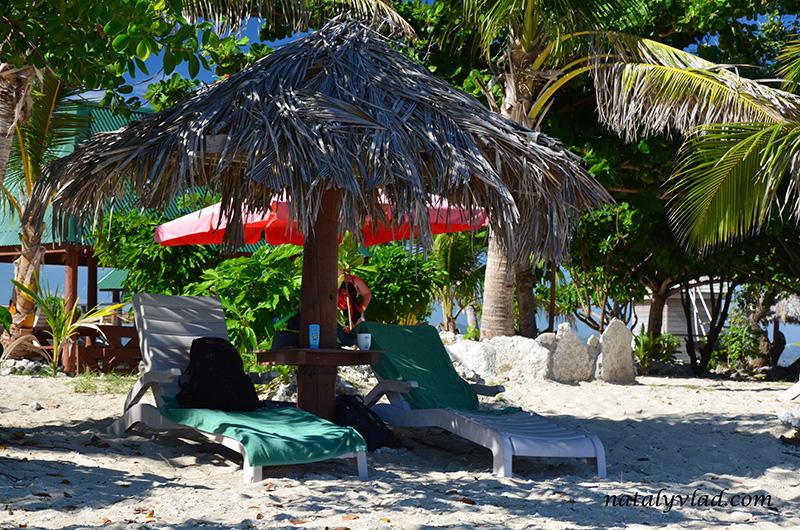 Отдых на островах Фиджи, Пляж пальма песок море лежаки