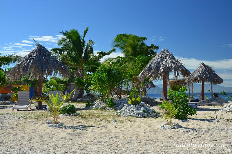 Отдых на Фиджи, Пальмы пляж лежаки песок кораллы, Острова Фиджи