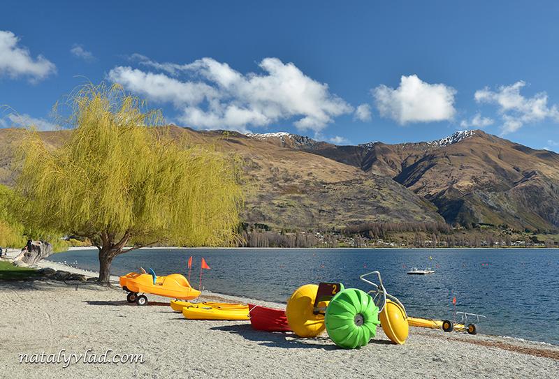 Новая Зеландия отдых Ванака озеро каяки