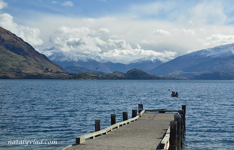 Новая Зеландия отдых Ванака озеро пирс лодка