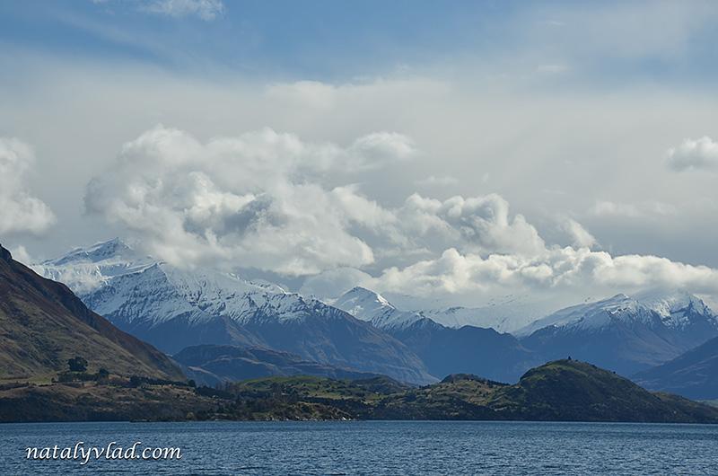 Новая Зеландия Ванака горы озеро облака небо