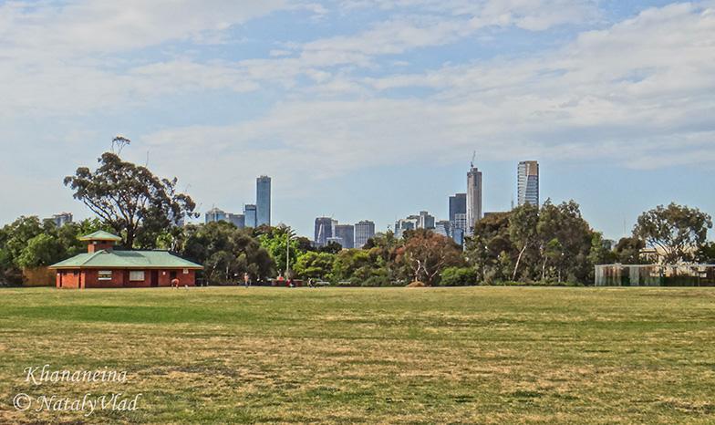 Стадион парк в Порт Мельбурне с видами на сити