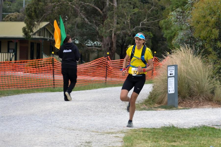 Run-for-the-young-2015-marathon-melbuorne-australia-10